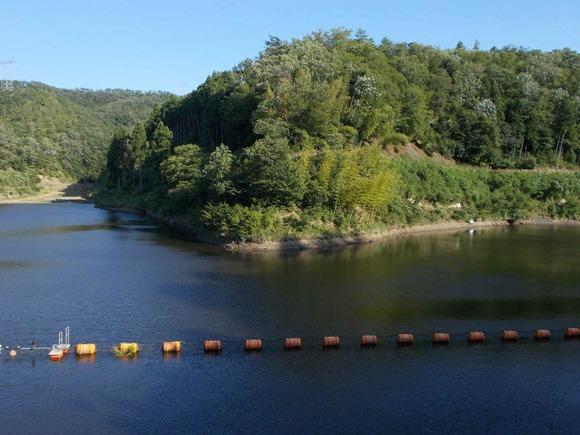 三熊のみくまりダムも通常の水位よりも1m程は低下しています