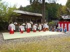 巫女踊り−櫛岩窓神社御例祭